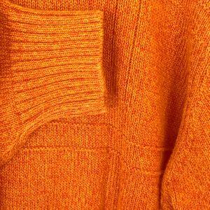 Geoffrey Beene Crew Neck Orange Sweater